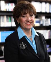 Nursing : News : Mary Lou de Leon Siantz